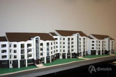 Работы студентов третьего курса представляют собой макеты офисных и жилых зданий