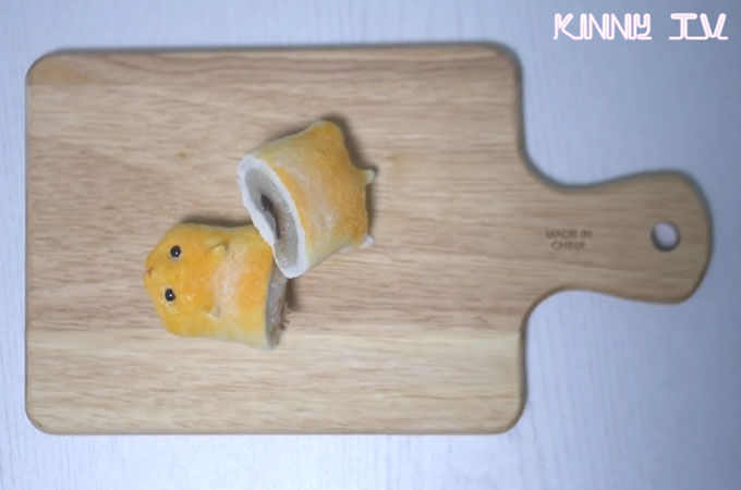 japanese-hamster-bread-with-mochi