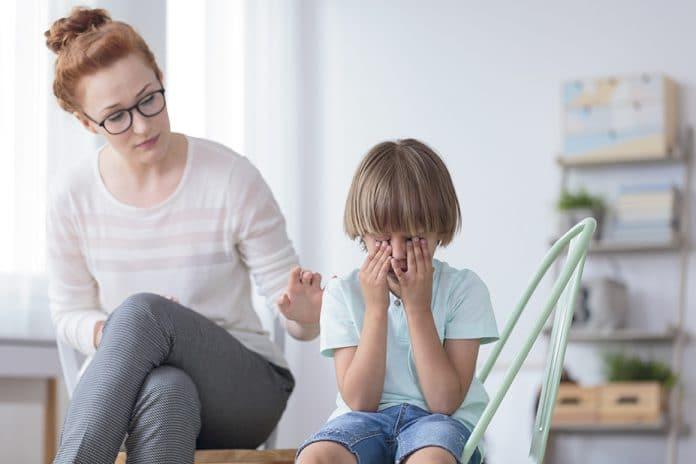 estres ninos 696x464 - IMSS atiende a niños con Déficit de Atención con Hiperactividad - #Noticias