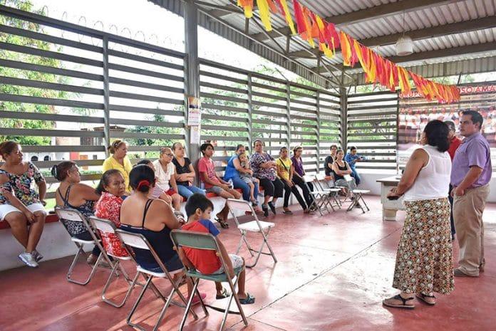 """alrededordelarte 696x465 - Imparten charla """"Alrededor del arte"""", en localidades de Villa de Álvarez"""