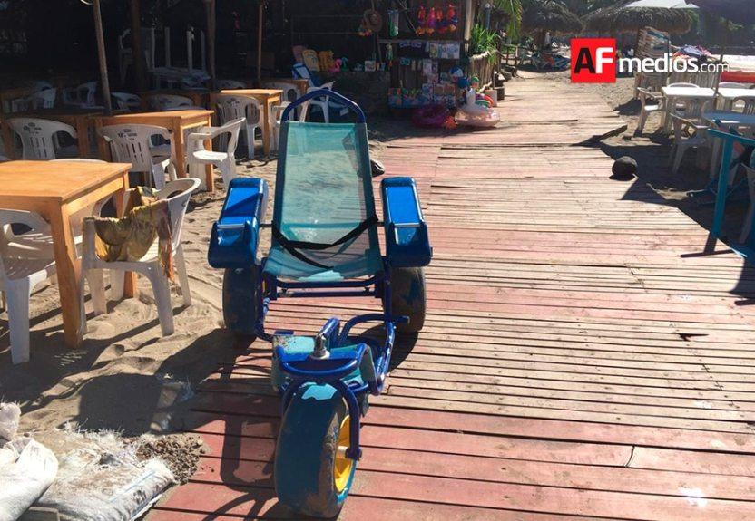 playa silla - Continúa en crecimiento afluencia de visitantes a Cuastecomates, playa y pueblo incluyente