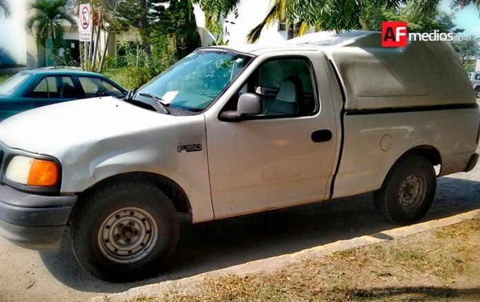 semefo07 696x438 - Asesinan a balazos a dos hombres en Jalipa, Mzllo - AFmedios .