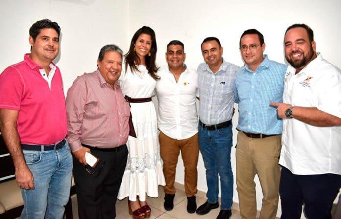 turismotecoman 696x448 - Entregan nombramiento a titular de Canirac Tecomán, Héctor García Medina