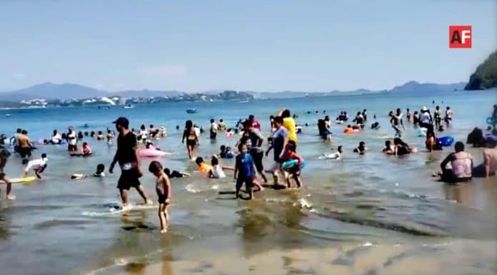 AFmedios Playa La Boquita de Miramar Manzanillo 3 696x386 - Playas en Manzanillo registran buena afluencia de turistas