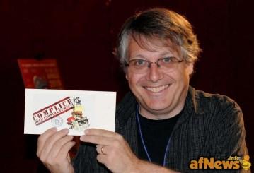 """Scott McCloud viene insignito """"Complice dell'Anonima Fumetti"""". Foto Gianfranco Goria."""