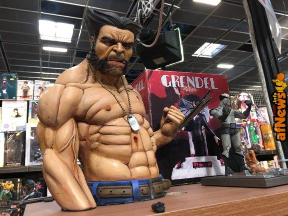 Wolverine scolpito da Vincenzo Cucca e dipinto a mano da Claudio Garofalo
