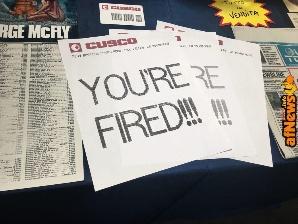 Marty McFly licenziato in tronco, via fax