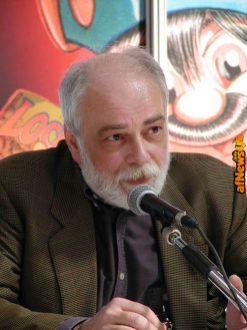 Alfredo Castelli a Torino nel 2002 nel famoso scatto di Gianfranco Goria.