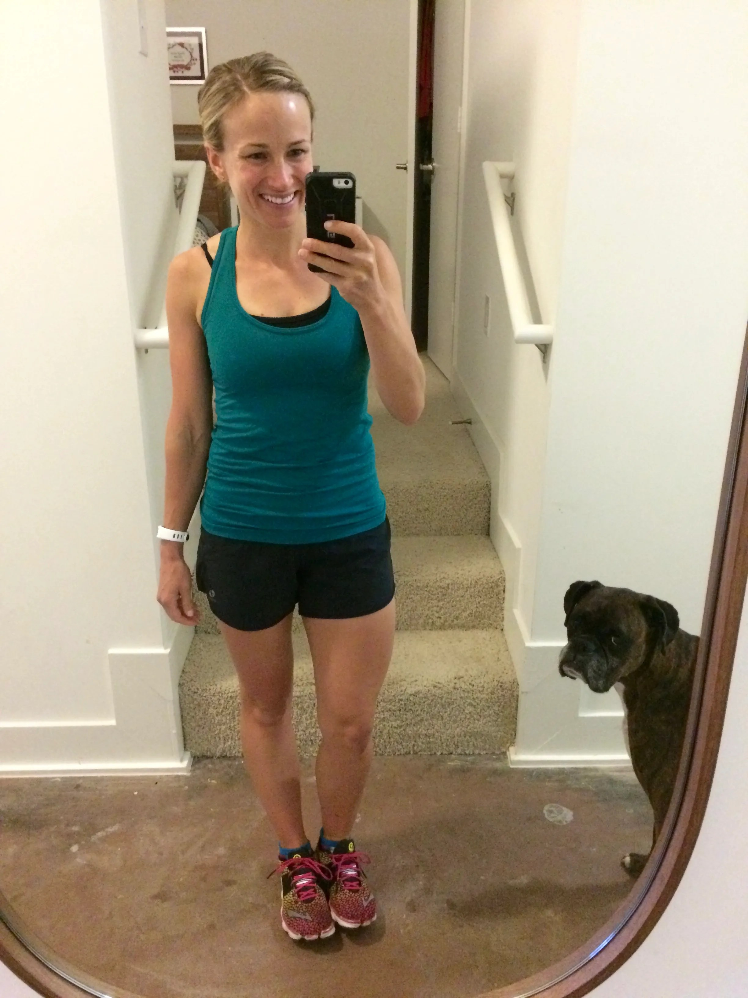 a non-sponsored fabletics review with pros and cons of the workout