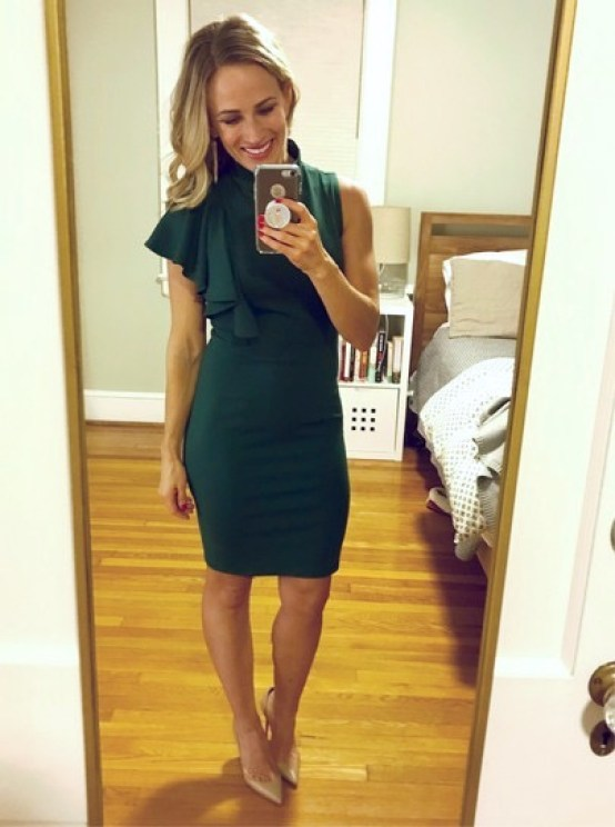 Green Cocktail Dress For Christmas | A Foodie Stays Fit