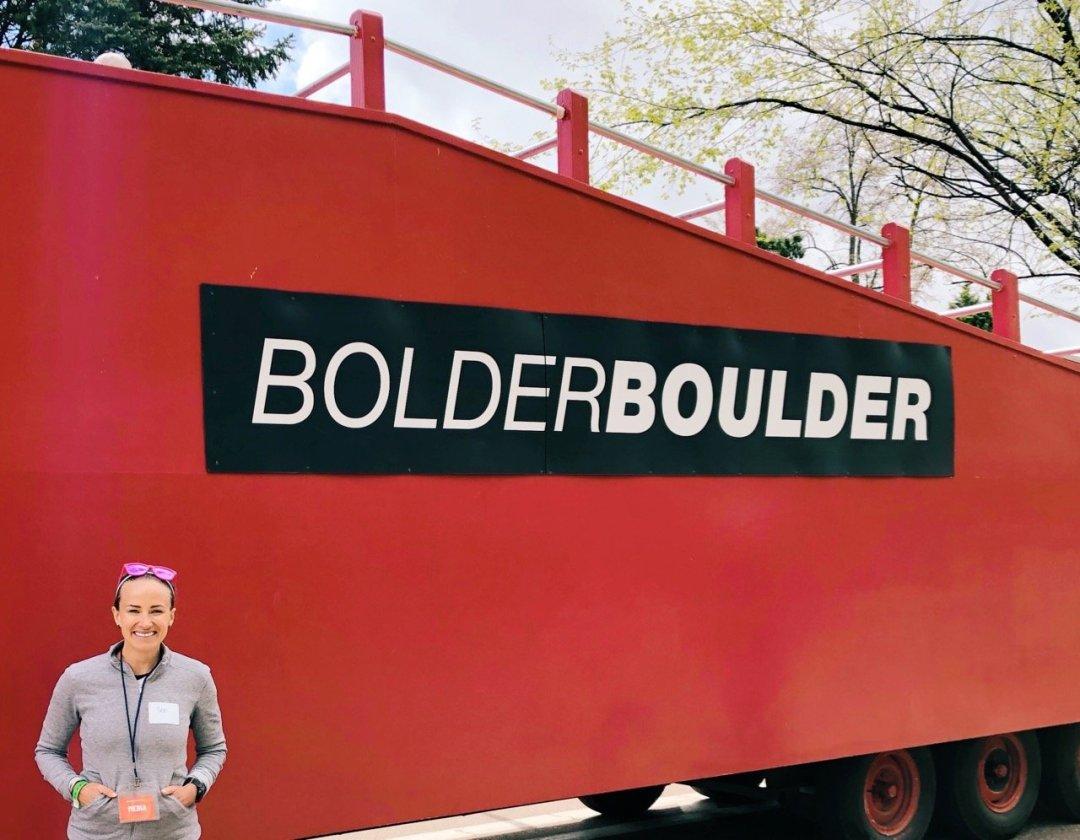 bolder boulder press truck