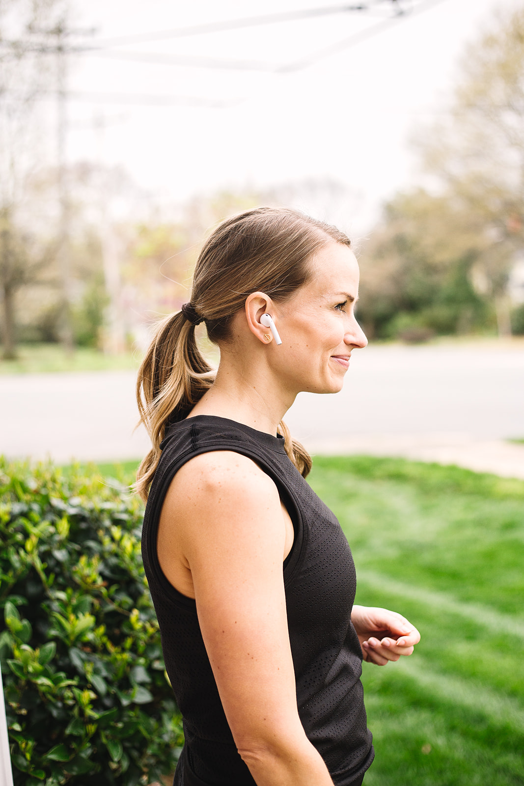 Apple Airpods Running Review A Marathoner Shares If It Works For