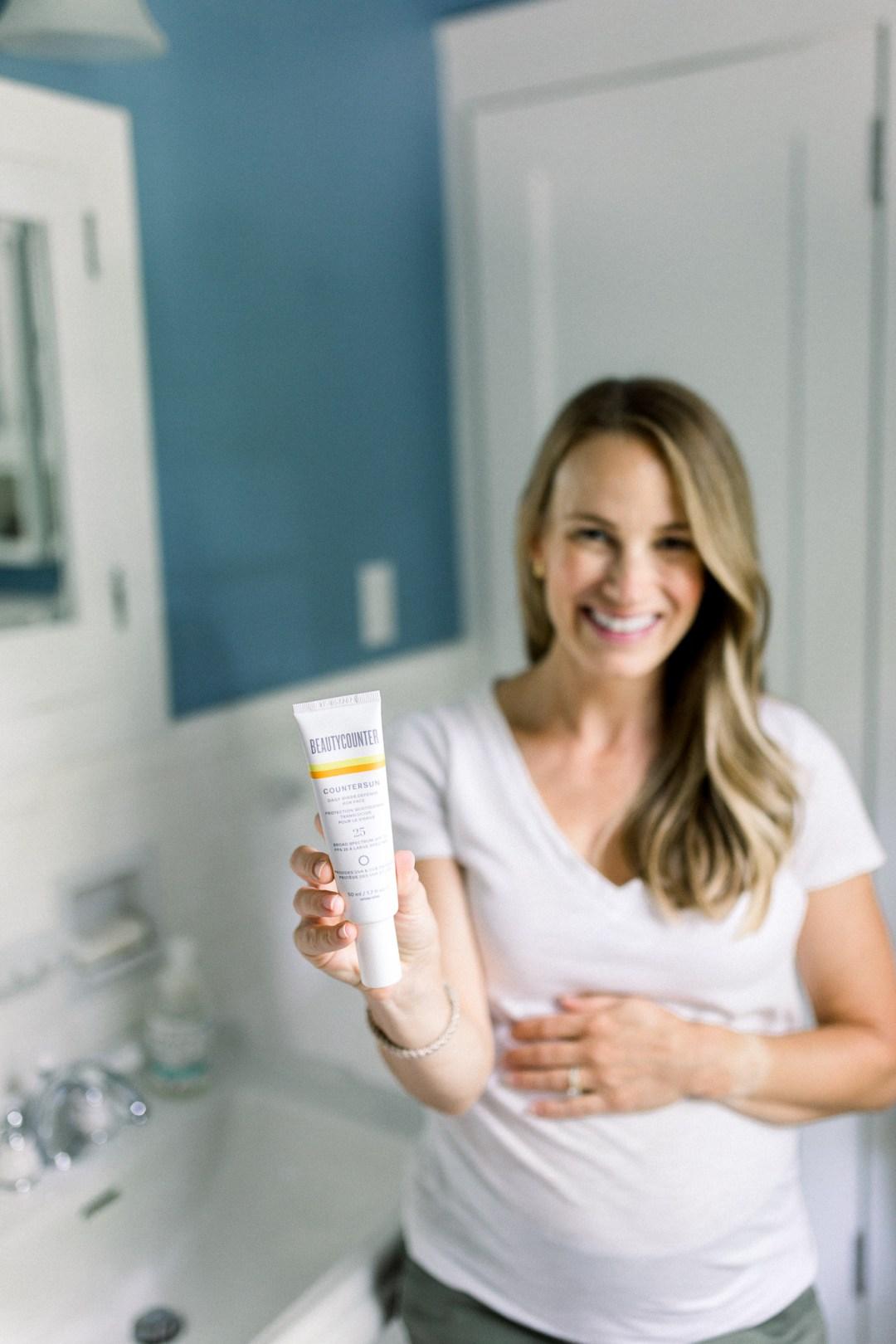 Beautycounter Countersun Daily Sheer Defense Review