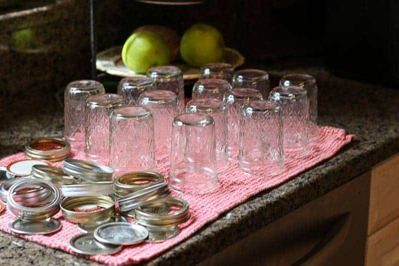 Set Jars and screw bands to dry.