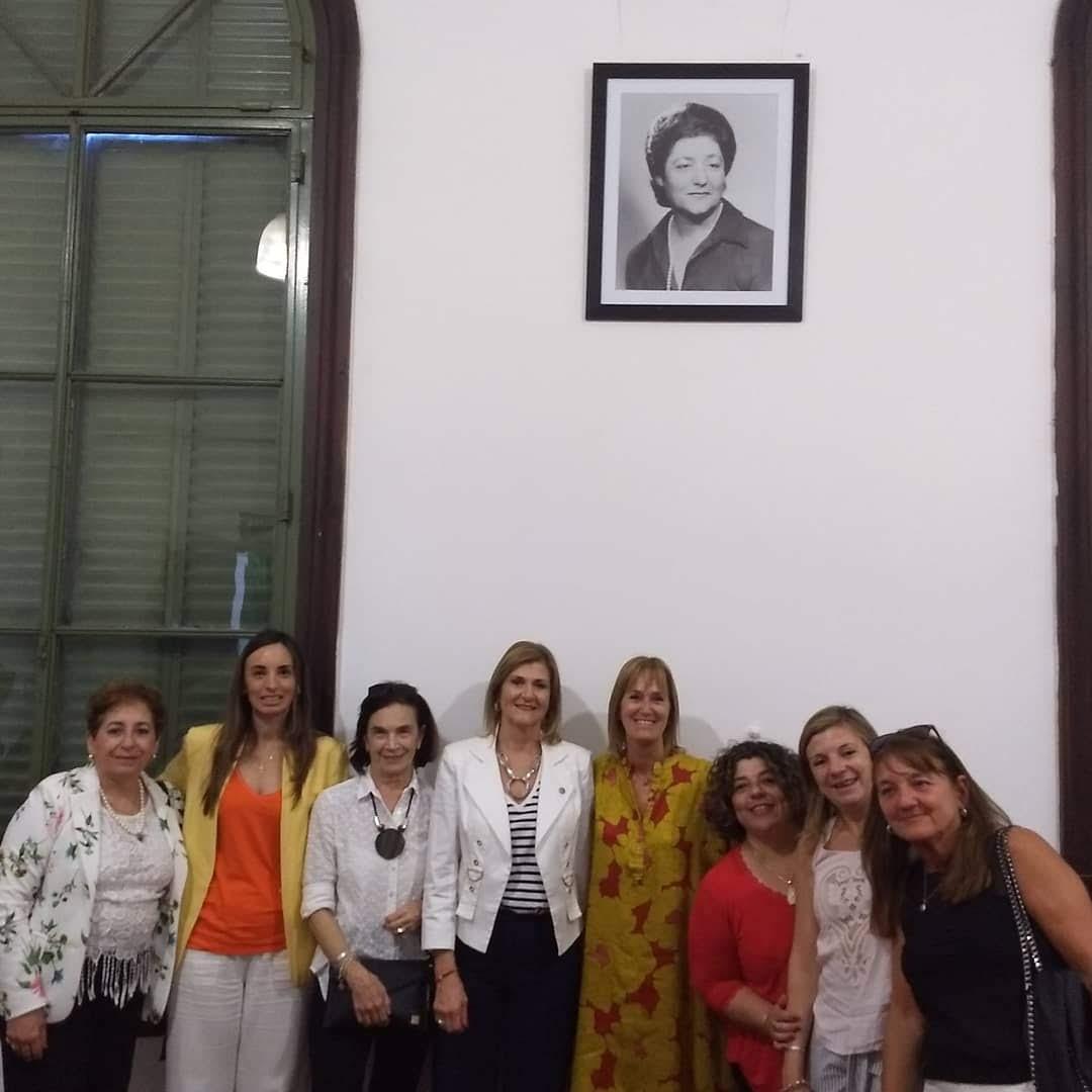 Homenaje a Sara Faisal en la F.C.J.S. de la U.N.L.