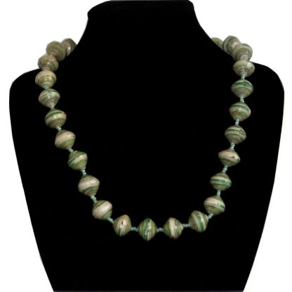 Handmade vintage bead necklace green
