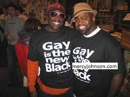 gay con magliette