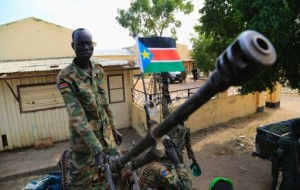 a-south-sudan-soldier-photo-reuteurs-1365874-reuteurs-512x325