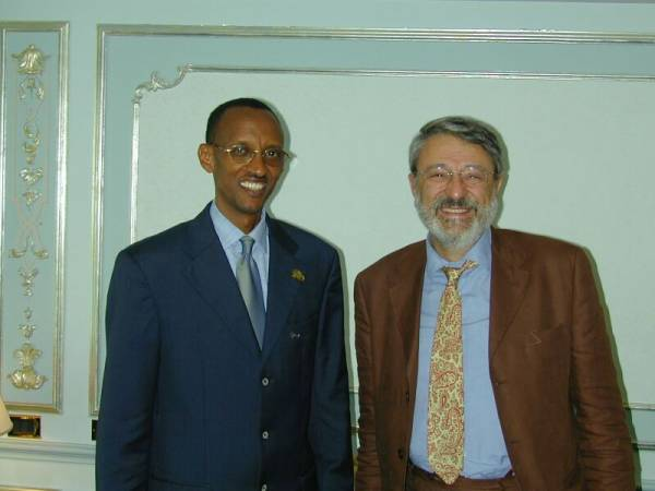 Paul Kagame after an interview con Massimo Alberizzi