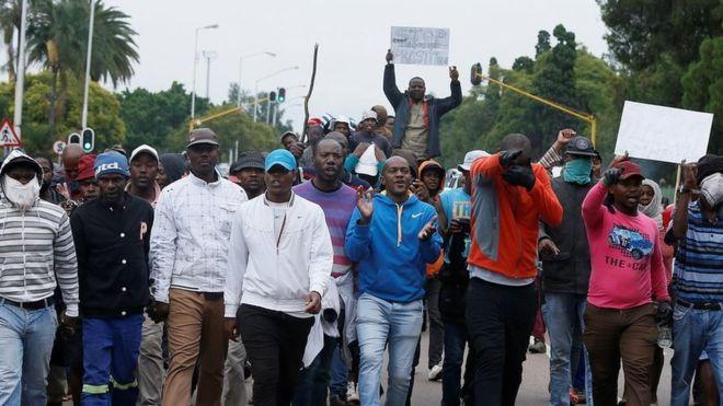 marcia anti migranti a Pretoria, Sudafrica