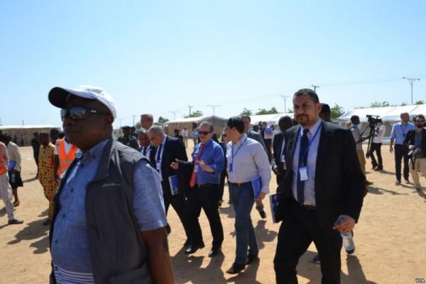 Un gruppo di membri del Consiglio di sicurezza dell'ONU a Maduguri