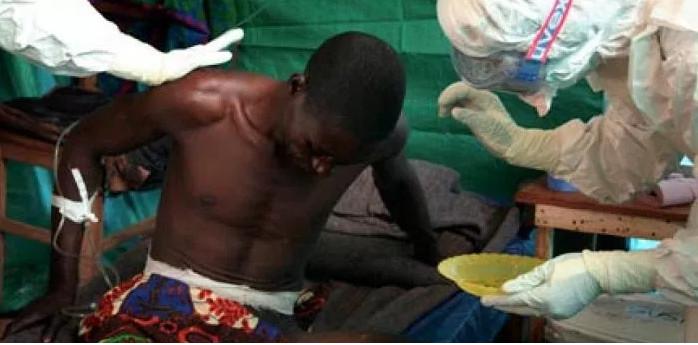 Paziente affetto da ebola
