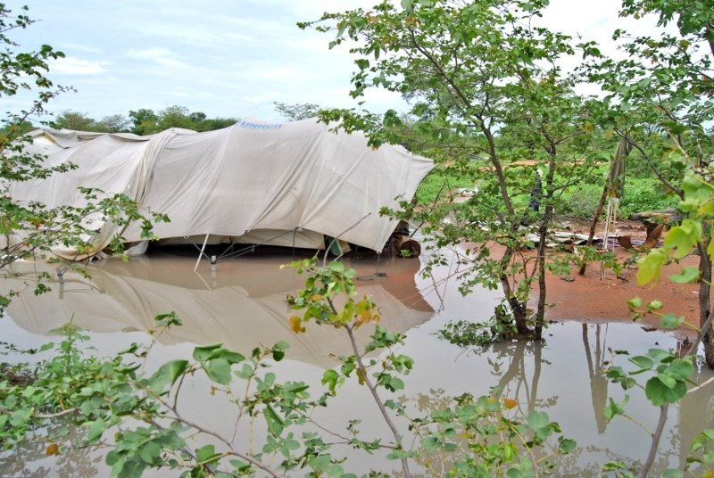 Le fatiscenti condizioni in cui vivono i rifugiati namibiani nel campo di Dukwi in Botswana