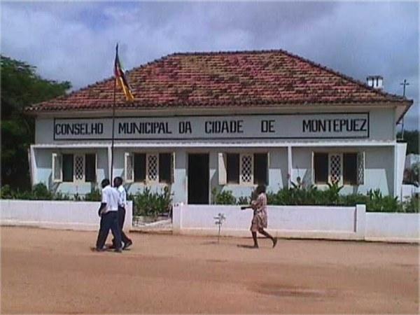 L'edificio del Consiglio comunale di Montepuez, Mozambico
