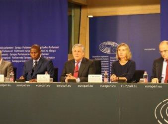 Da sin. Hoya, Toudéra, Tajani e Mogherini (foto © Sandro Pintus)