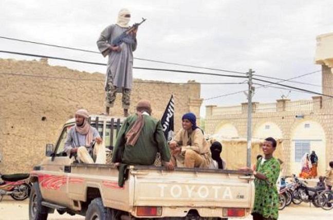 Uomini armati appartenenti a gruppi jihadisti