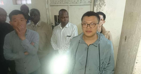 Alcuni dei costruttori cinesi arrestati