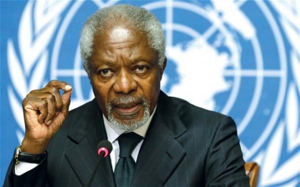 Koffi Annan durante un intervento all'ONU