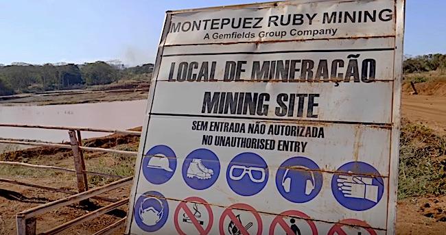 Ingresso della miniera di rubini Montepuez, a Cabo Delgado