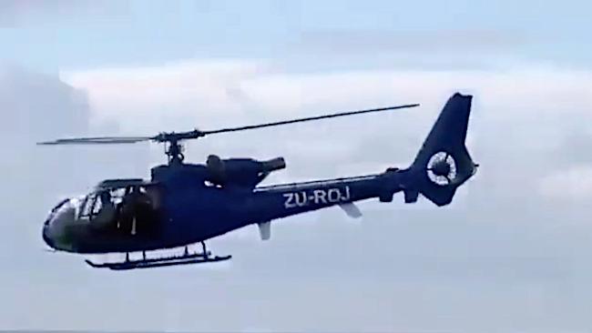 Elicottero Gazelle utilizzato contro l'attacco dei jihadisti a Cabo Delgado, in volo sul Canale del Mozambico