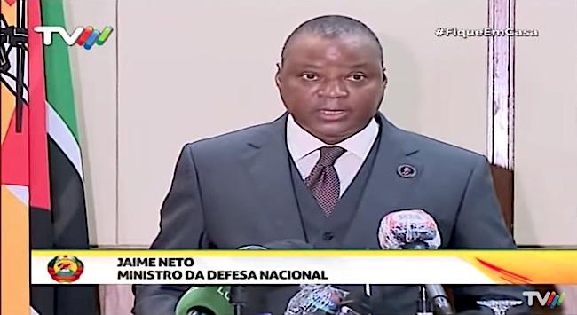 Jaime Neto, ministro mozambicano della Difesa, alla conferenza stampa del 13 agosto