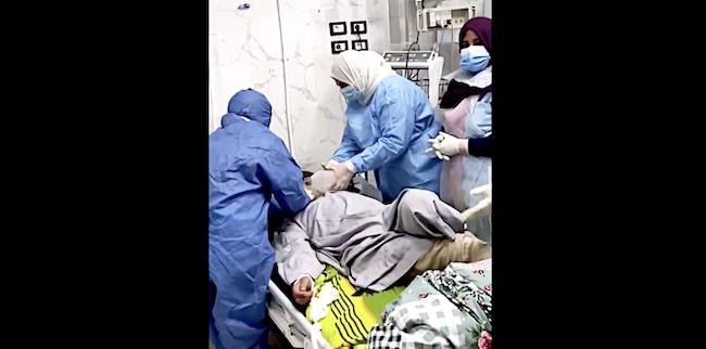 tentativo di rianimazione paziente covid egitto