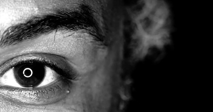 """""""Shoot Your Face"""", une bibliothèque humaine universelle sur l'échange des mémoires des R'batis"""