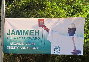 Elezioni in Gambia/8.  Adama Barrow a Dakar. E Yahya Jammeh telefona alla Presidente della Cedeao in Tv