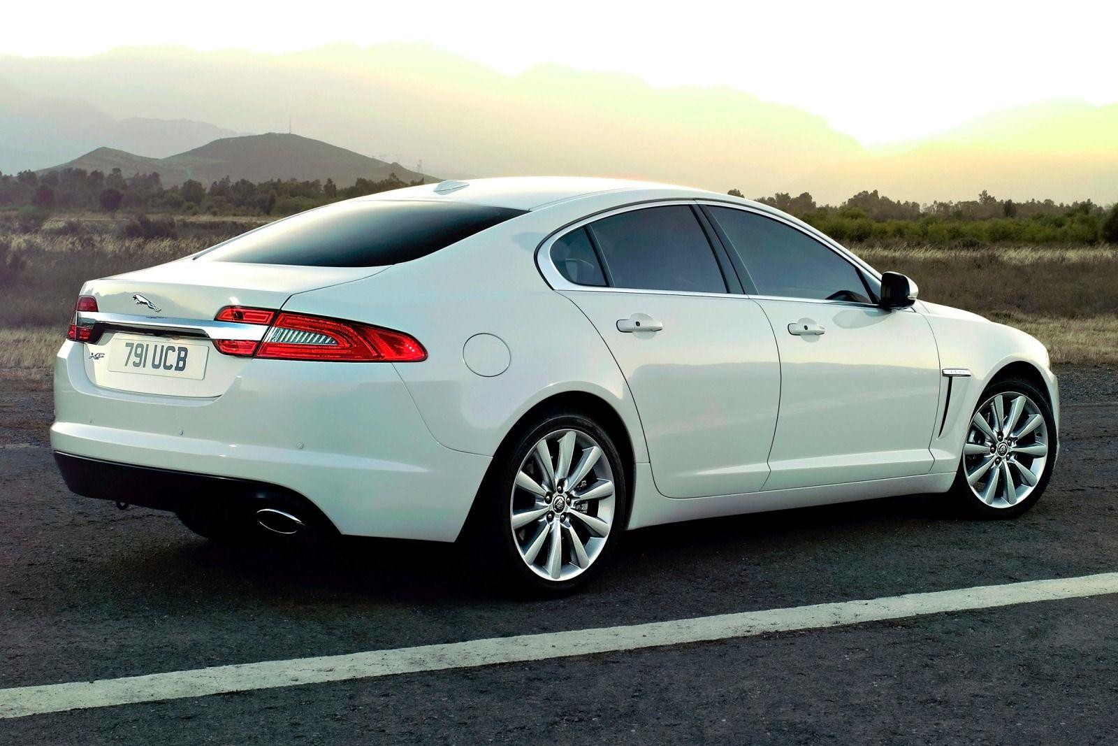 jaguar com car news awd genesis xf autoguide comparisons vs front hyundai