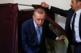 Erdogan on track to secure 2nd term as president – preliminary results