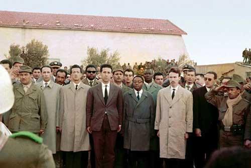 Foto 1: in ordine sparso Mandela, BenBella, Boumediene, Chadli, Boudiaf, Samora Machel