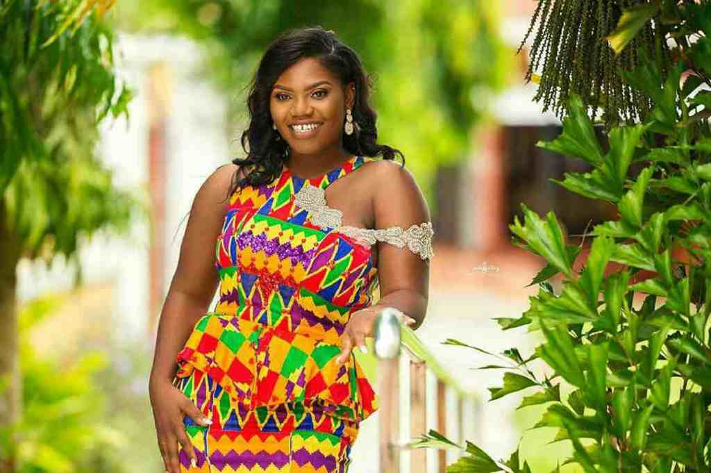 STYLISH AND GLAMOUROUS GHANA KENTE STYLES IN 2019 1