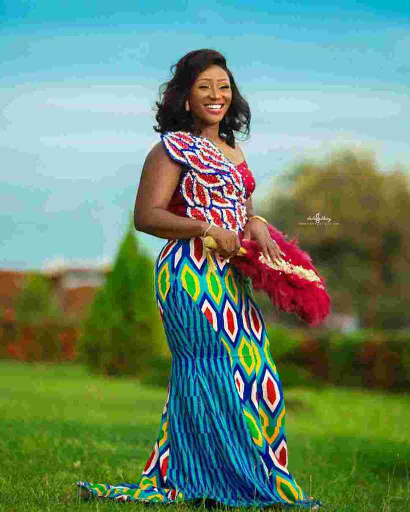 STYLISH AND GLAMOUROUS GHANA KENTE STYLES IN 2019 4