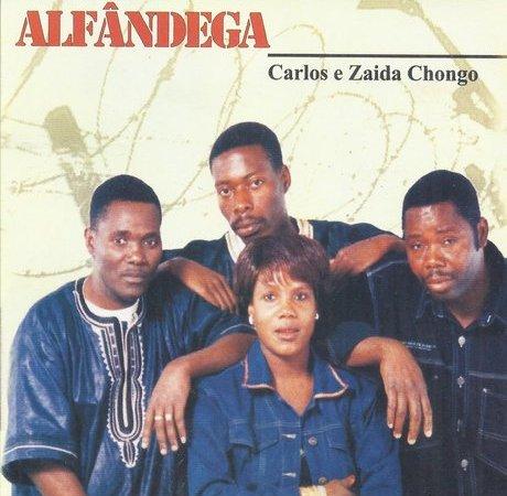 Carlos e Zaida Chongo - Alfândega