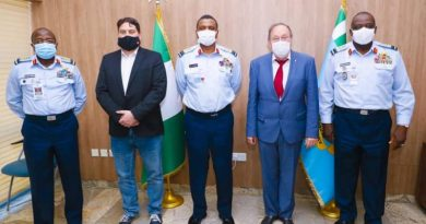 Nigerian air force and Hungary delegation