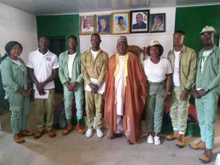 Young corps members under 2018 batch 'A' Sustainable Development Goals Community Development Service (SDGs-CDS) group at Jos-South local government area, in Plateau state, during a visit to the leader of the Vom community
