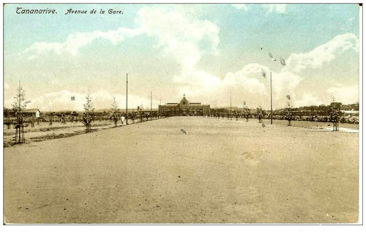 Tananarive - Avenue de la gare