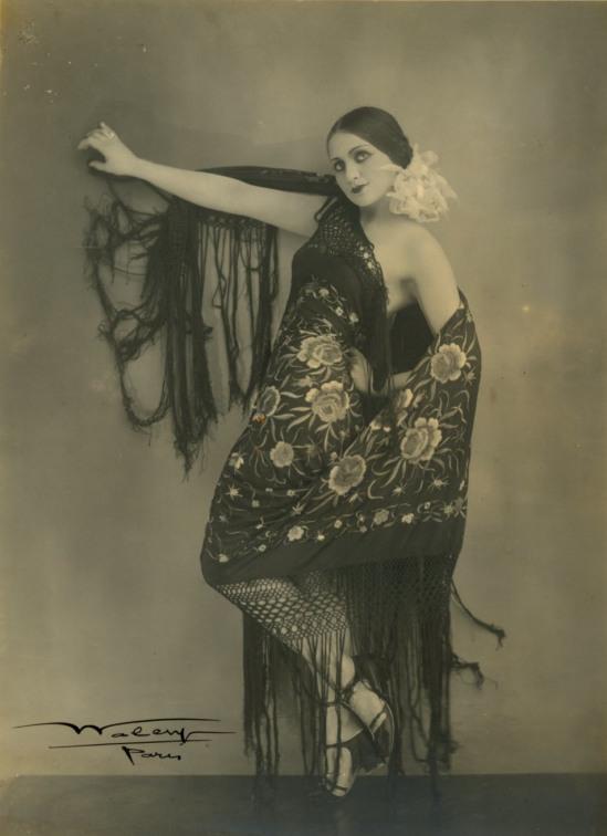 Waléry – Danseuse des Folies Bergère, Paris, 1930