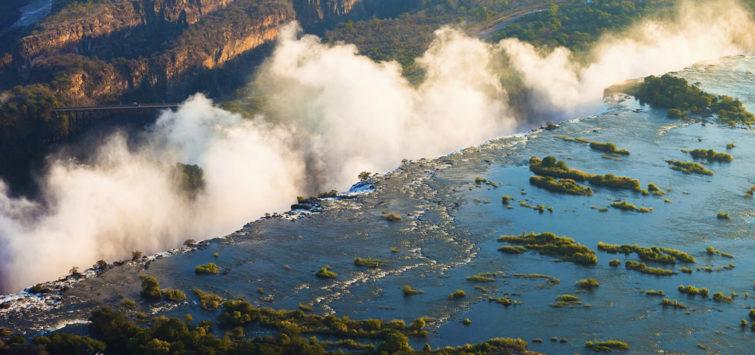 Victoria Falls Masai Mara Serengeti-Zimbabwe