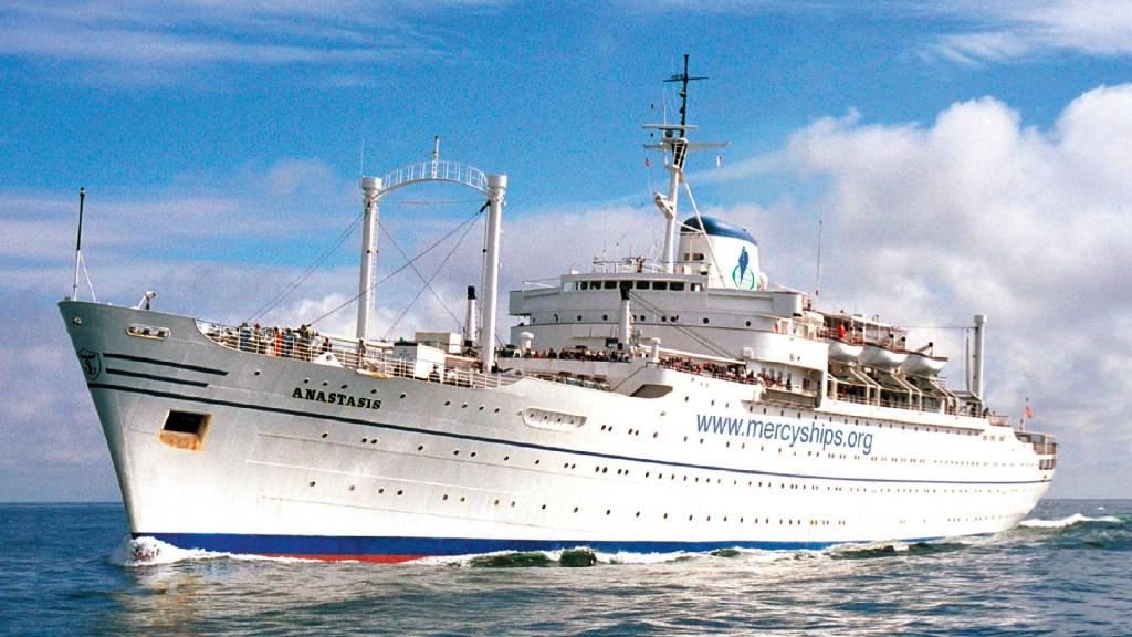 L'Anastasis, premier bateau lancé par Mercy Ships, était un paquebot italien construit en 1953.   © Mercy Ships